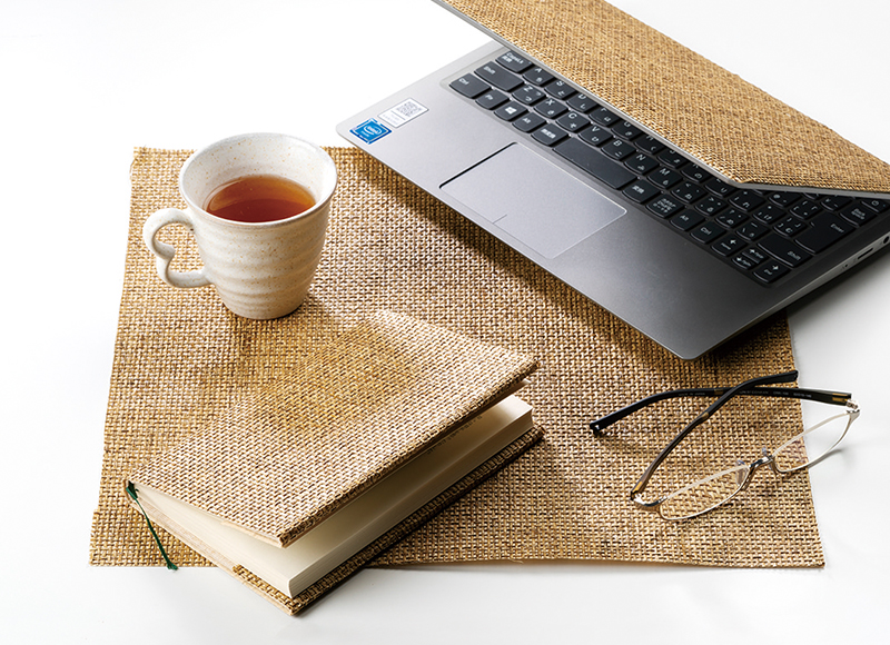 津島織物の紙布